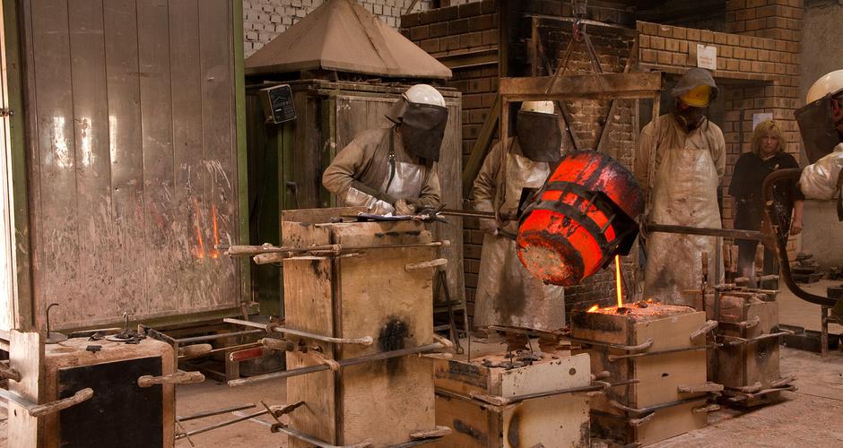 March 2012, bronze casting at Jos Custers Foundry, Grathem (Limburg) NL